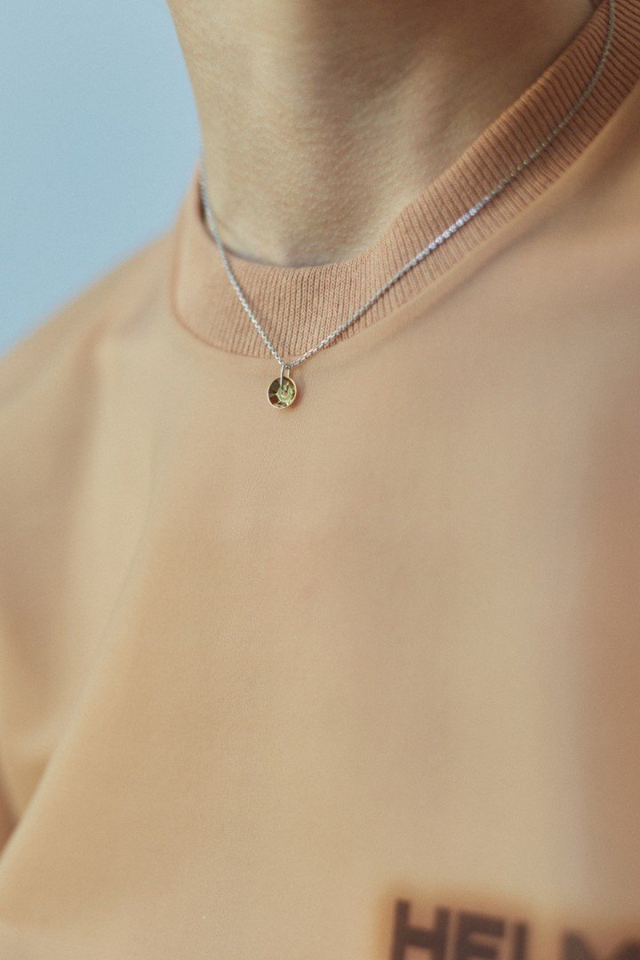 '2 Ct' Gold Plated Sequin Pendant Necklace